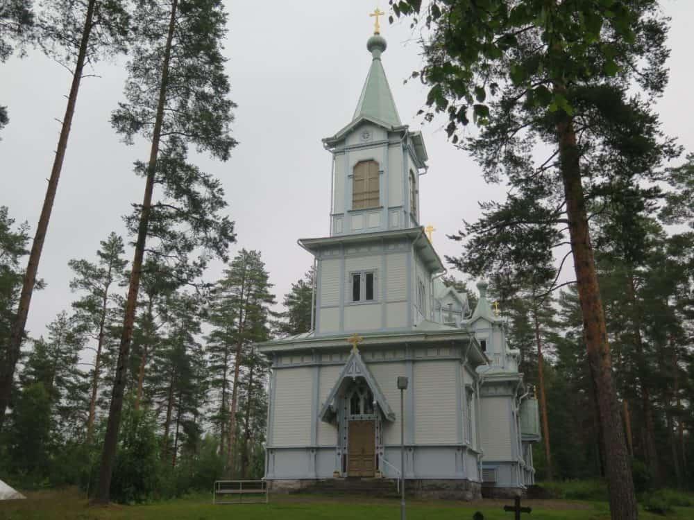 jumalanaidin-tihvinalaisen-ikonin-kirkko